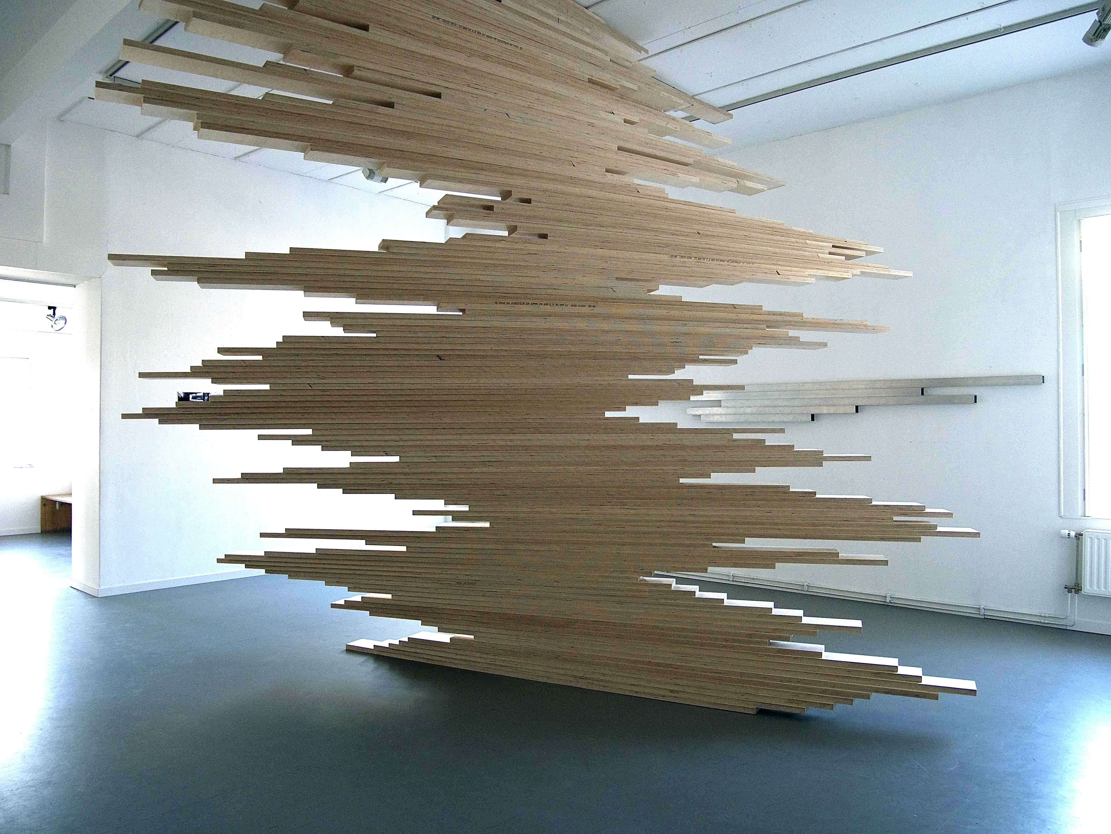 Plywood. 400x370x230cm. 2015.